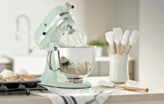 Wayfair's Bridal Registry Unveils the Most Popular Wedding Gifts For The Kitchen
