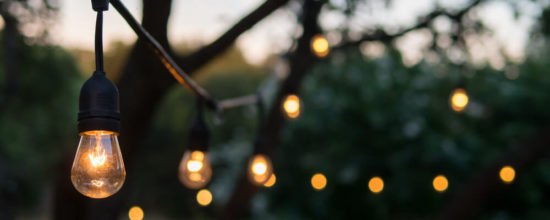 5 Ideas for Using Rustic Lighting in the Backyard
