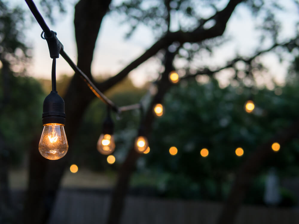 5 Ideas For Using Rustic Lighting In The Backyard Freshome
